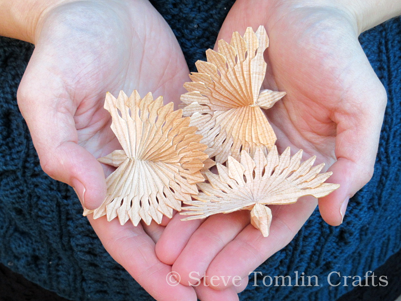 Gorgeous wooden bird decorations handmade by Steve Tomlin Crafts
